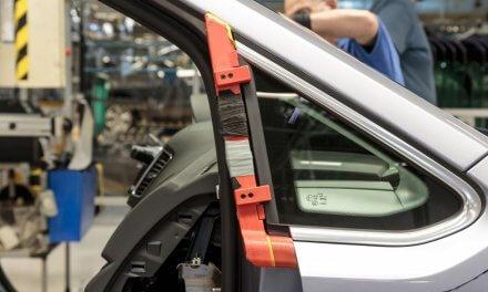 Volkswagen Autoeuropa: tối đa hóa hiệu quả sản xuất với công cụ, khuôn lắp và vật cố định được in 3D
