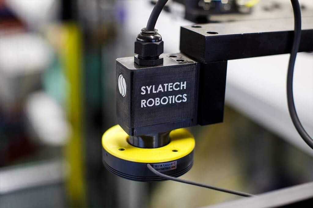Đúc các bộ phận kim loại để tạo mẫu in 3D